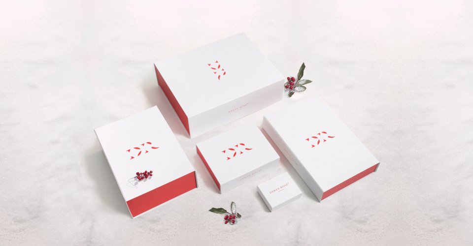 Complimentary Gift Packaging